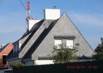 Bardage pignon en ardoise et cheminée en composite Plouharnel